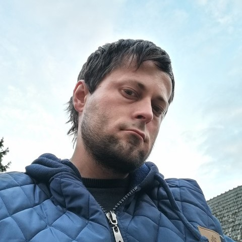 József , 33 éves társkereső férfi - Györköny