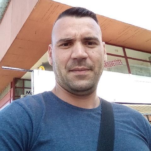Tibor, 32 éves társkereső férfi - Bátonyterenye
