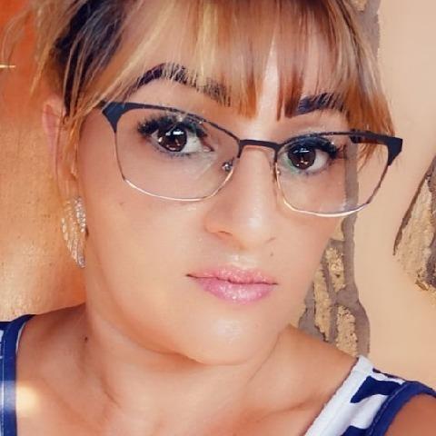 Krisztina, 38 éves társkereső nő - Tiszakeszi