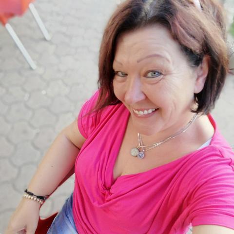 Andrea, 49 éves társkereső nő - Tiszaújváros
