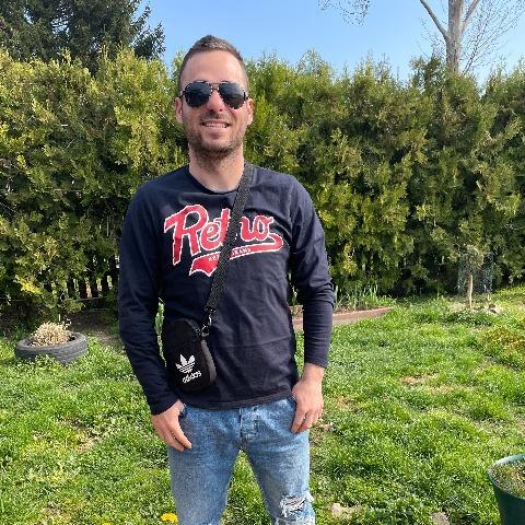 Száki, 27 éves társkereső férfi - Beloiannisz
