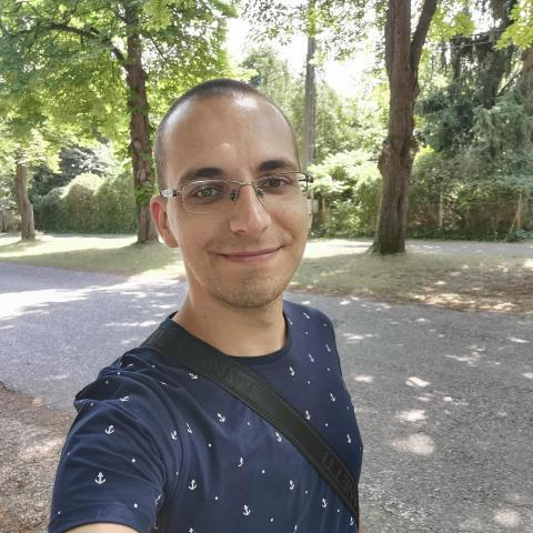 Viktor, 30 éves társkereső férfi - Abasár