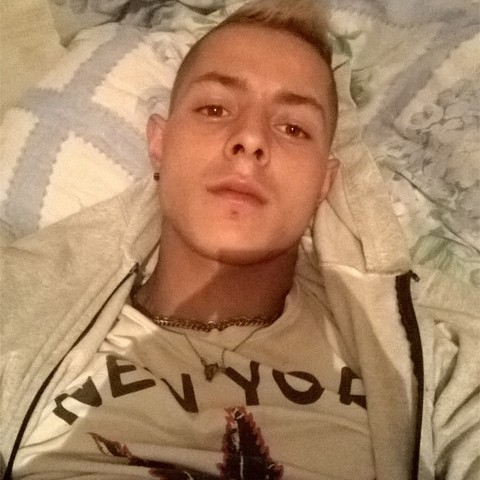 Sanyi, 20 éves társkereső férfi - Balatonlelle