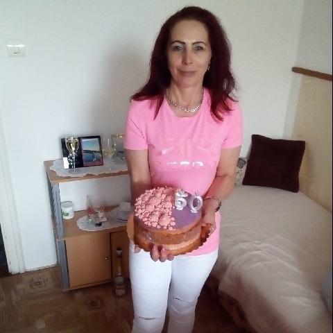 Zsuzsanna, 50 éves társkereső nő - Szombathely