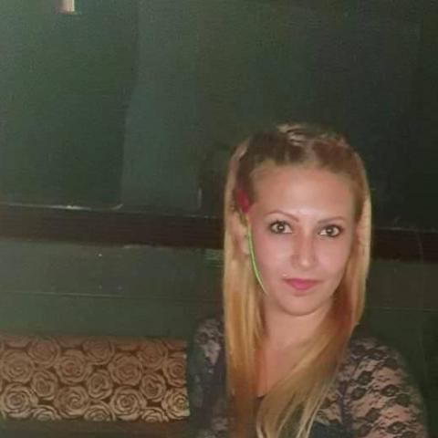 Alexandra, 24 éves társkereső nő - Debrecen