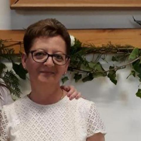 Krisztina, 55 éves társkereső nő - Keszthely