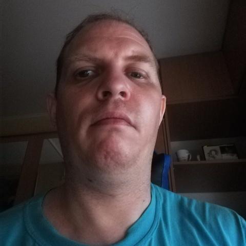 István, 39 éves társkereső férfi - Tatabánya