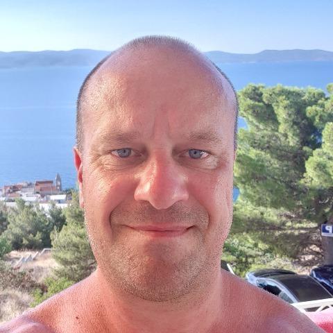 Zoli, 45 éves társkereső férfi - Szolnok