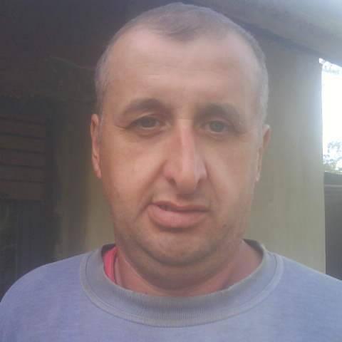 Zsolti, 46 éves társkereső férfi - Pacsa