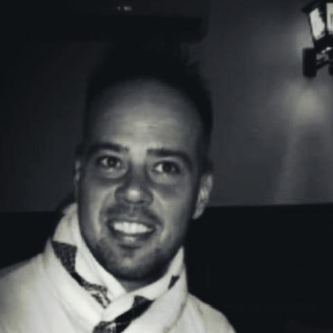 Ádám, 38 éves társkereső férfi - Székesfehérvár