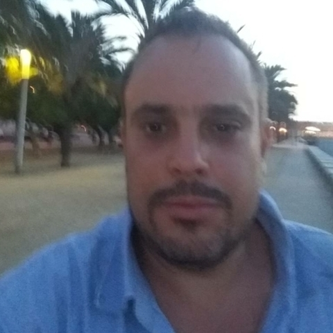 Ákos, 42 éves társkereső férfi - Salgótarján
