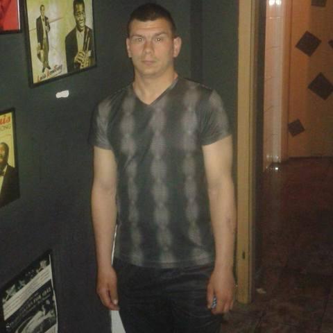 Gyula, 32 éves társkereső férfi - Budapest