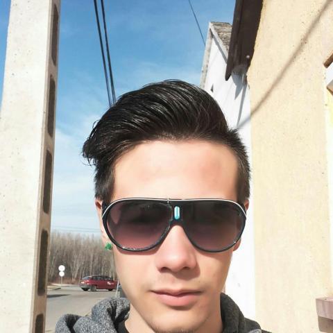 Dániel, 22 éves társkereső férfi - Bátaszék