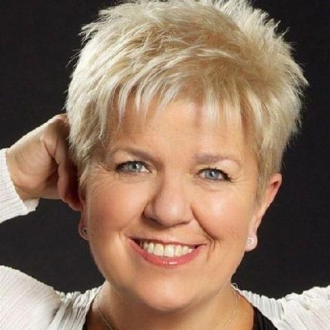 Böbe, 52 éves társkereső nő - Szeged