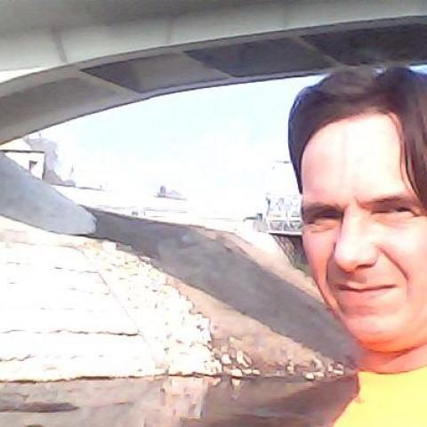 Robi, 45 éves társkereső férfi - Mezőkomárom