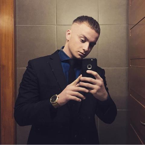 Ákos, 23 éves társkereső férfi - Békéscsaba