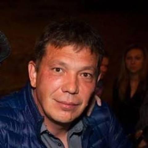 Jozsef, 52 éves társkereső férfi - London