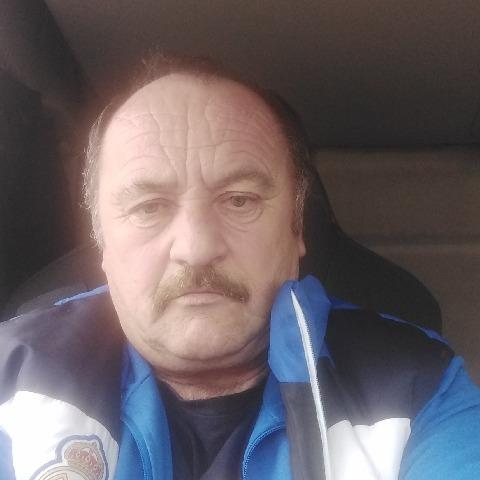 István, 60 éves társkereső férfi - Békés