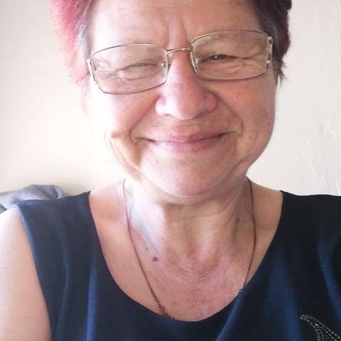 Ibolya , 60 éves társkereső nő - Püspökladány