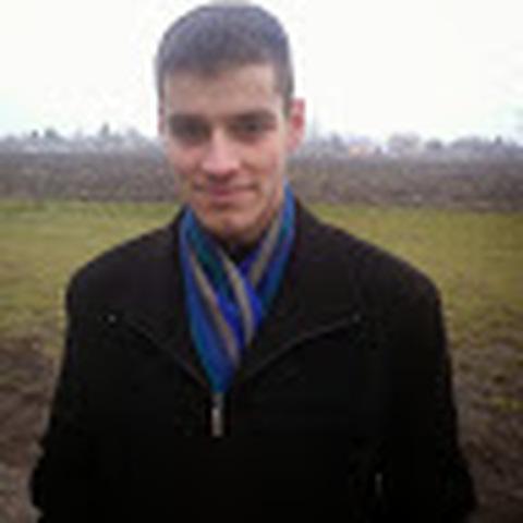 Attila, 28 éves társkereső férfi - Komarom