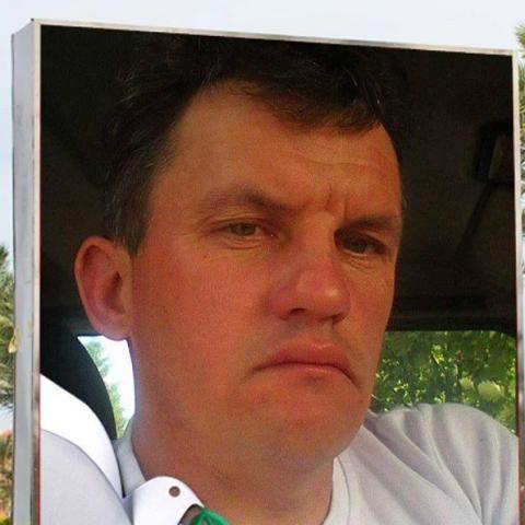 Gábor, 40 éves társkereső férfi - Ada
