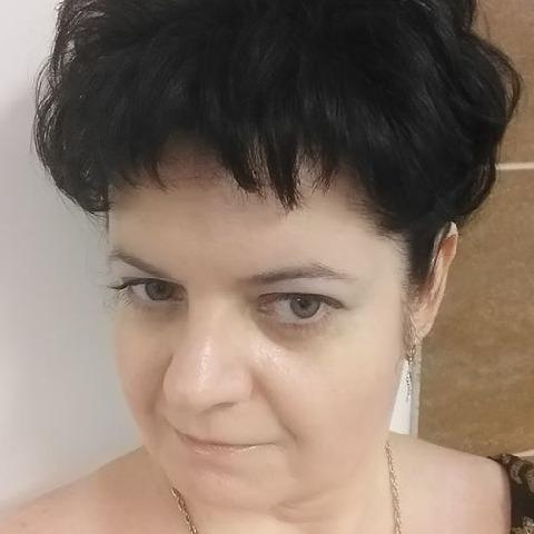 Csilla, 43 éves társkereső nő - Budaörs