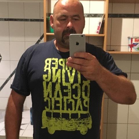 Olika, 47 éves társkereső férfi - Nagyvenyim