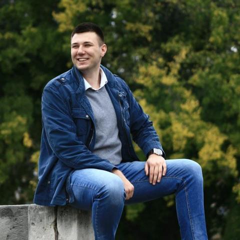 Ivan, 23 éves társkereső férfi - Szeged