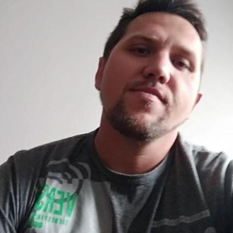 László, 36 éves társkereső férfi - Lepsény