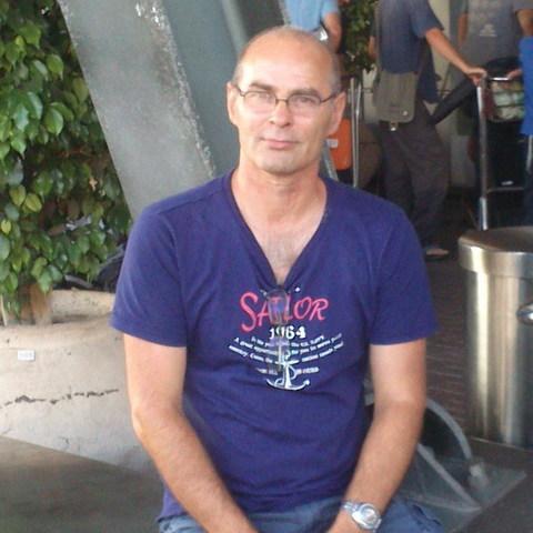 Mihály, 61 éves társkereső férfi - Kisvejke