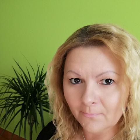 Dia, 45 éves társkereső nő - Hatvan