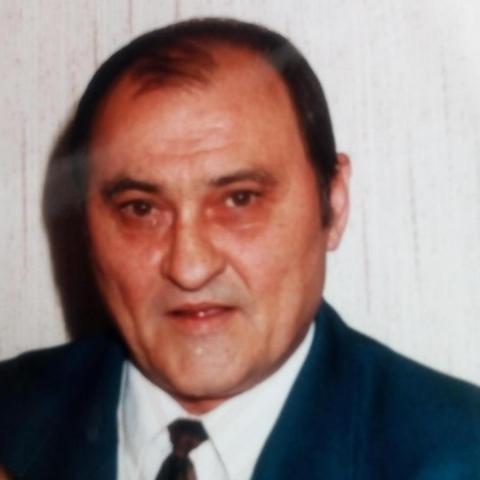 István, 73 éves társkereső férfi - Komló