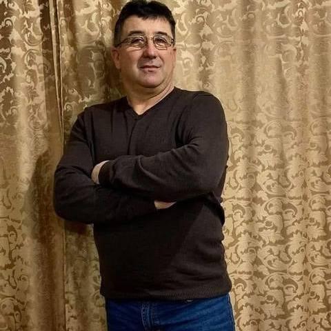 András, 50 éves társkereső férfi - Milota