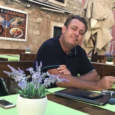 Péter, 44 éves társkereső férfi - Péteri