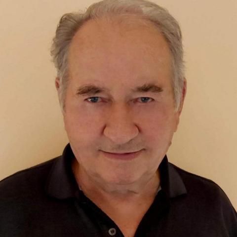 Péter, 77 éves társkereső férfi - Makó
