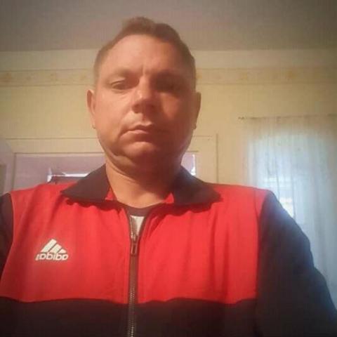 Isjjhd, 41 éves társkereső férfi - Kupa