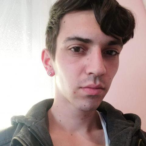 Tomika, 23 éves társkereső férfi - Szeged