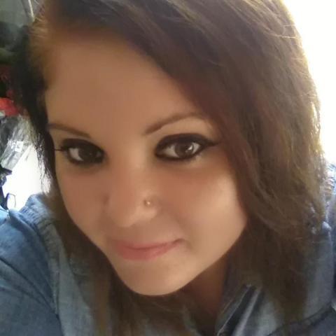Betti, 27 éves társkereső nő - Szeged