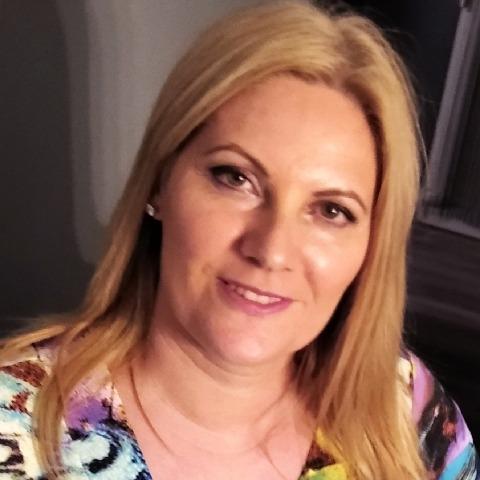 Tünde, 46 éves társkereső nő - Szentes