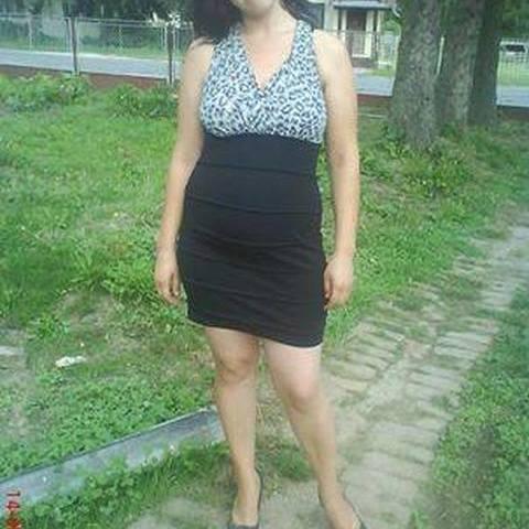 Piroska, 34 éves társkereső nő - Hahót