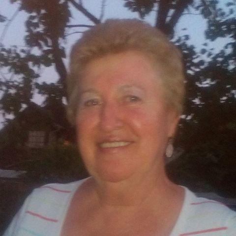 Marika, 70 éves társkereső nő - Érd