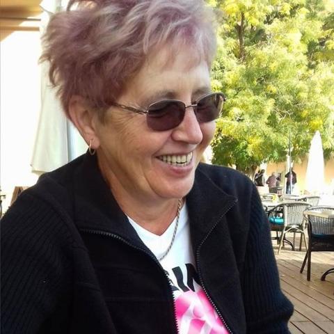 Marcsi, 62 éves társkereső nő - Somogyjád