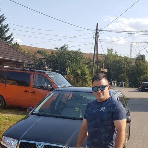 Barva, 24 éves társkereső férfi - Miskolc
