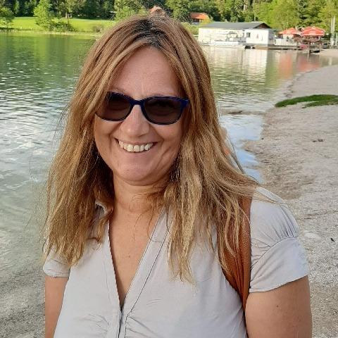 Piroska, 53 éves társkereső nő - Bècs