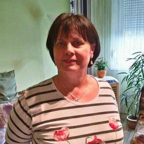 Erika, 64 éves társkereső nő - Győr